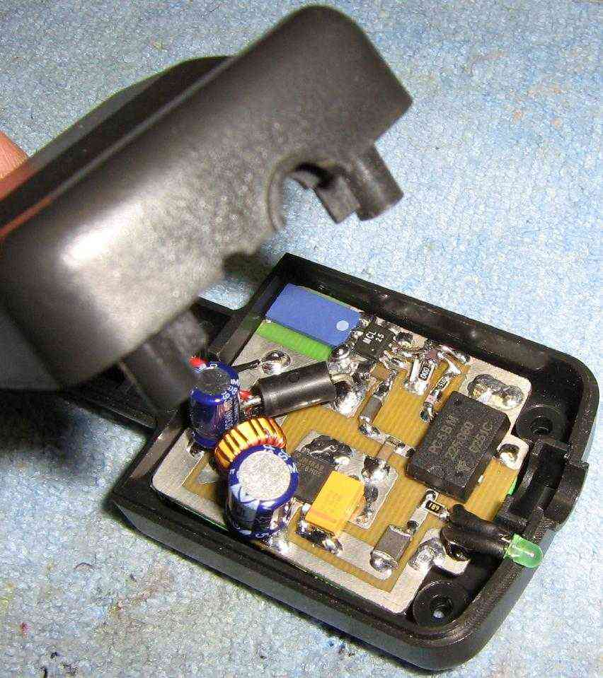 Bug jammers - difference between jammers rf gps holder